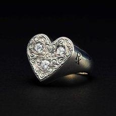 画像1: Antidote BUYERS CLUB Engraved Heart Ring (With Stone) ハートリング (1)
