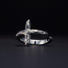 画像1: Antidote BUYERS CLUB Engraved Cross Ring (クロスリング) (1)